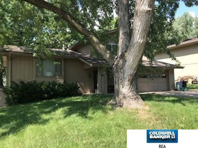 13834 Y Circle, Omaha, NE 68137 (MLS #21816601) :: Complete Real Estate Group