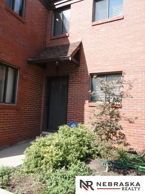 2011 Edward R Danner Plaza, Omaha, NE 68110 (MLS #21817201) :: Complete Real Estate Group