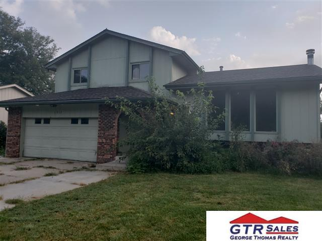 1517 Peterson Drive, Omaha, NE 68130 (MLS #21817298) :: Omaha Real Estate Group