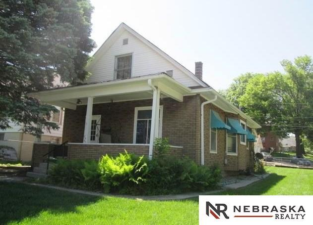 4467 Burdette Street, Omaha, NE 68111 (MLS #21818366) :: Complete Real Estate Group