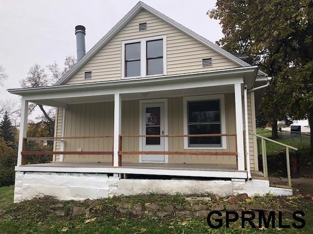 6147 Bedford Avenue, Omaha, NE 68104 (MLS #21819810) :: Nebraska Home Sales