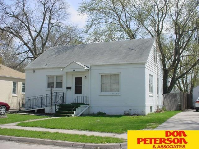 831 E 15th Street, Fremont, NE 68025 (MLS #21820048) :: Nebraska Home Sales