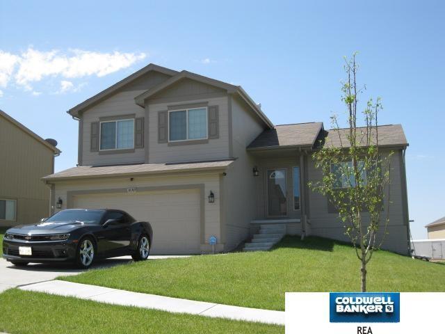 16303 Saratoga Street, Omaha, NE 68116 (MLS #21820219) :: Omaha's Elite Real Estate Group