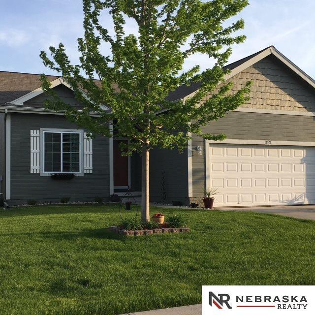 19101 Polk Street, Omaha, NE 68135 (MLS #21820748) :: Complete Real Estate Group