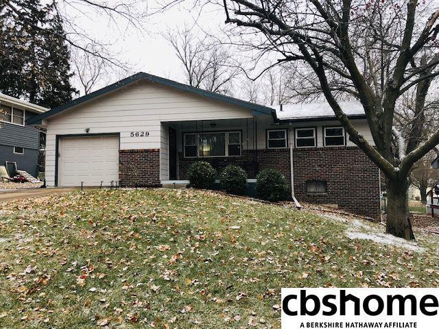 5629 N 93rd Avenue, Omaha, NE 68134 (MLS #21820880) :: Nebraska Home Sales