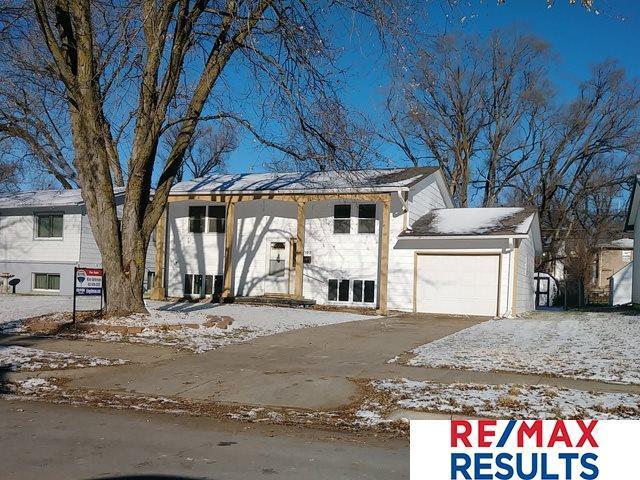 6302 Camden Avenue, Omaha, NE 68104 (MLS #21821183) :: Omaha's Elite Real Estate Group