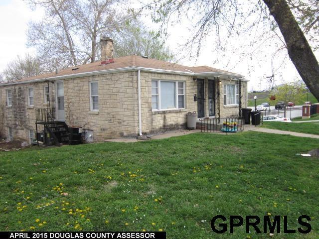 3202 California Street, Omaha, NE 68131 (MLS #21901800) :: Dodge County Realty Group