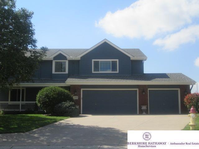 4420 N 156th Avenue Circle, Omaha, NE 68116 (MLS #21903326) :: Nebraska Home Sales