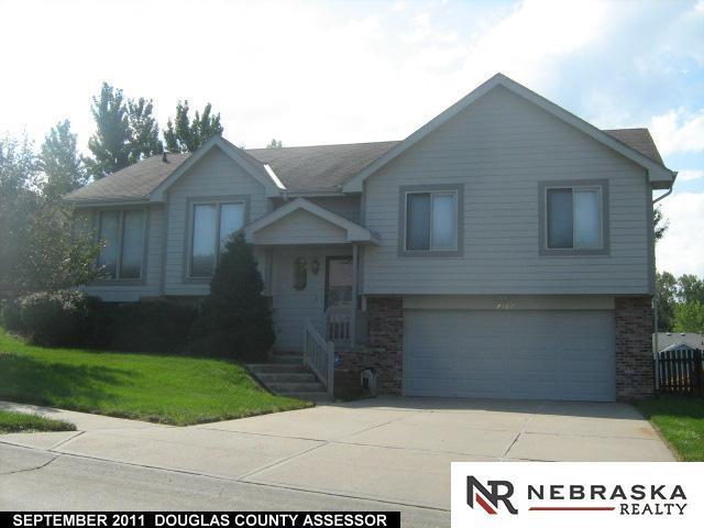 7507 Ernst Street, Omaha, NE 68122 (MLS #21903607) :: Complete Real Estate Group