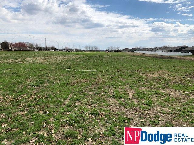 Lot 5 Eagle Ridge Village, Papillion, NE 68133 (MLS #21904604) :: Nebraska Home Sales