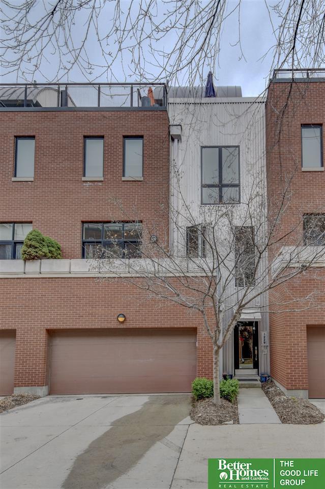 1229 Leavenworth Plaza, Omaha, NE 68108 (MLS #21905499) :: Omaha Real Estate Group