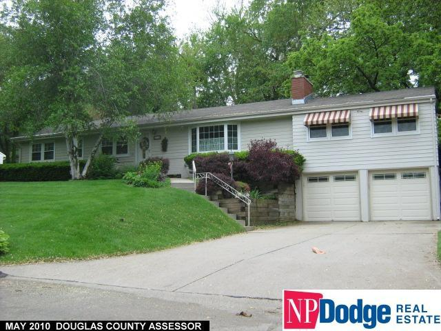 1114 S 94th Street, Omaha, NE 68124 (MLS #21905927) :: Omaha Real Estate Group
