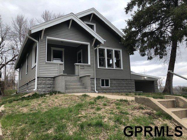 3020 Ernst Street, Omaha, NE 68112 (MLS #21906152) :: Omaha Real Estate Group
