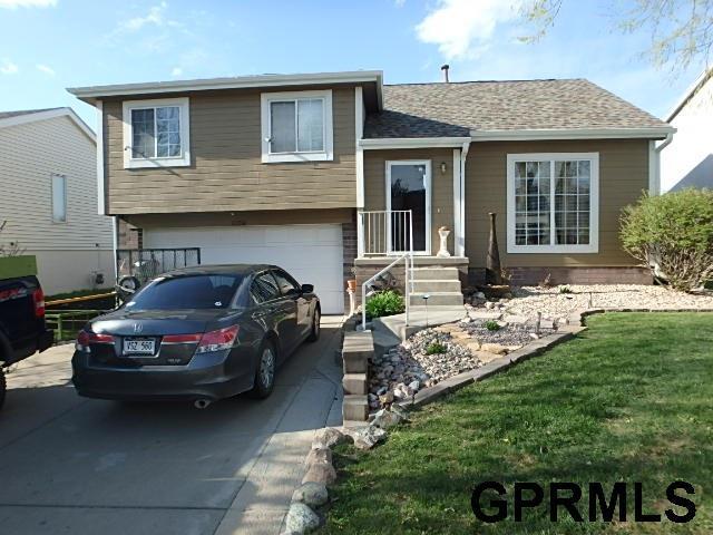 11256 Martin Avenue, Omaha, NE 68164 (MLS #21907038) :: Omaha's Elite Real Estate Group