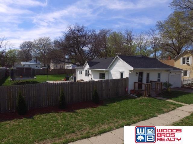 527 N 4Th Street, Seward, NE 68434 (MLS #21907043) :: Cindy Andrew Group