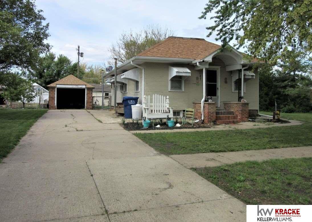 106 Beatrice Avenue - Photo 1