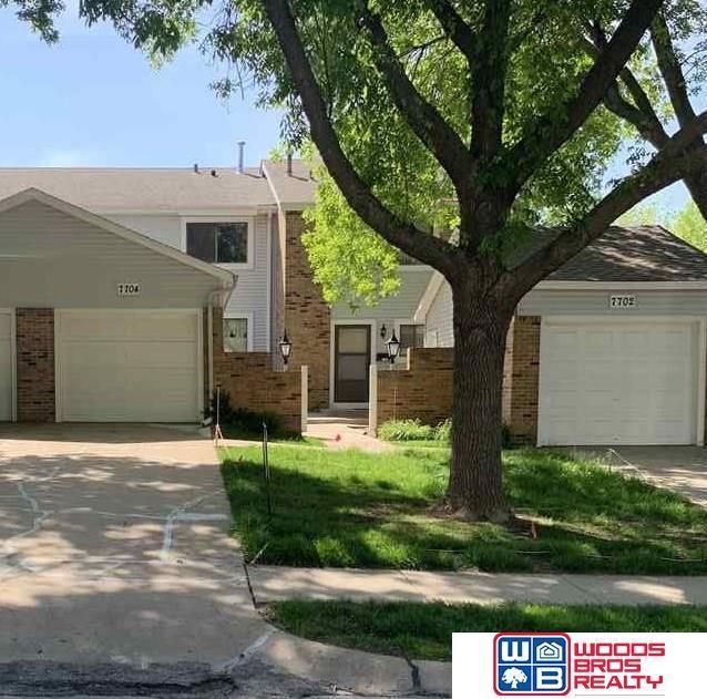 7704 S 87th Street, La Vista, NE 68128 (MLS #21909399) :: Five Doors Network