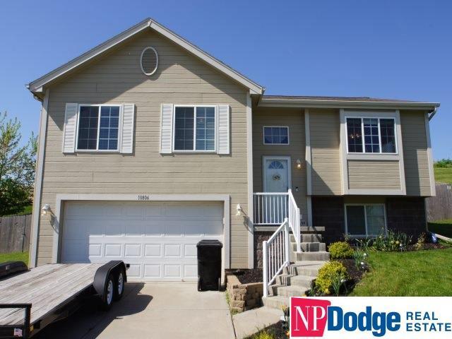 10806 Winding River Drive, Bellevue, NE 68123 (MLS #21909575) :: Nebraska Home Sales