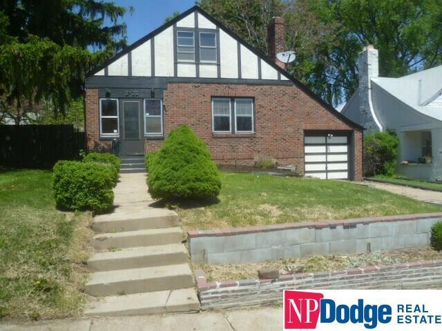 2722 Read Street, Omaha, NE 68112 (MLS #21911780) :: Omaha's Elite Real Estate Group