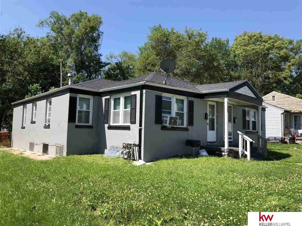 3169-3171 Ames Avenue - Photo 1