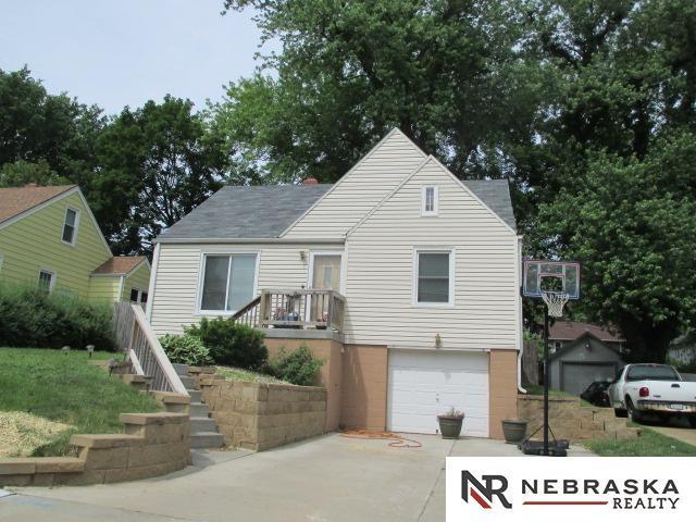 3024 N 49th Avenue, Omaha, NE 68106 (MLS #21912495) :: Omaha's Elite Real Estate Group