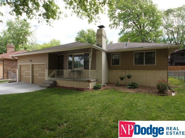 8003 S 46th Street, Omaha, NE 68157 (MLS #21912521) :: Complete Real Estate Group