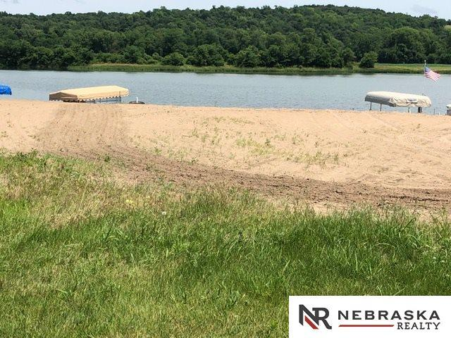 407 Madison Circle, Cedar Creek, NE 68016 (MLS #21913347) :: The Briley Team