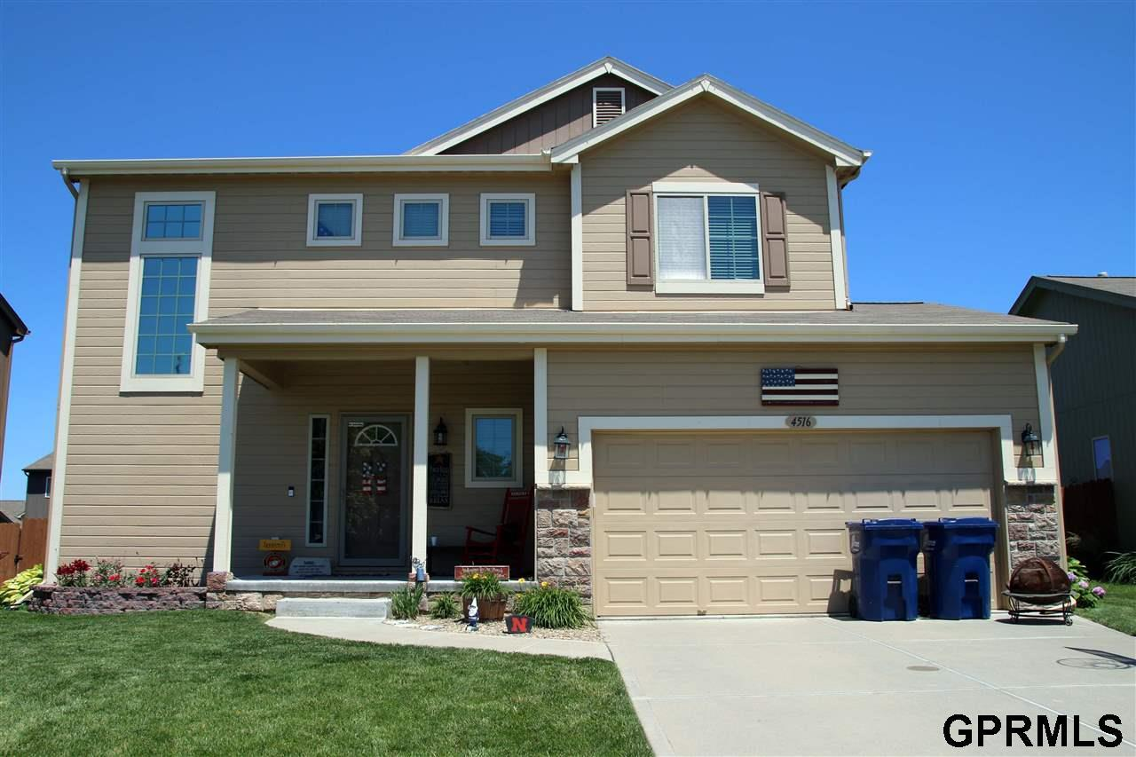 4516 Waterford Avenue - Photo 1
