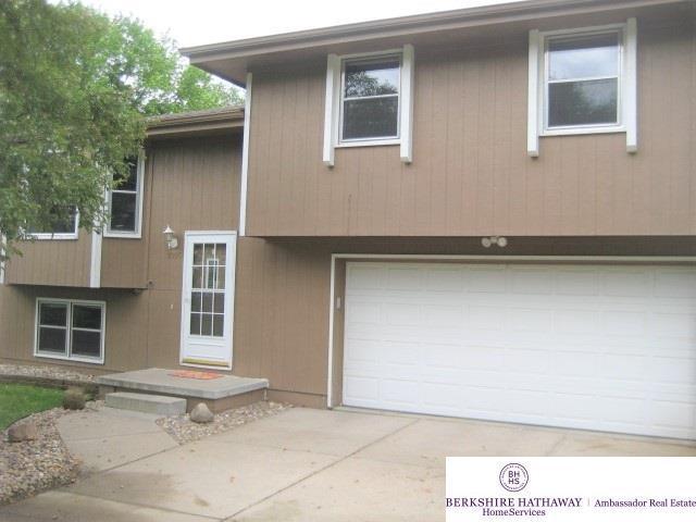 1005 Virginia Street, Bellevue, NE 68147 (MLS #21913432) :: Omaha's Elite Real Estate Group