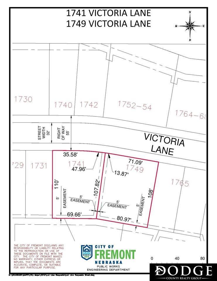 1749 Victoria Lane - Photo 1