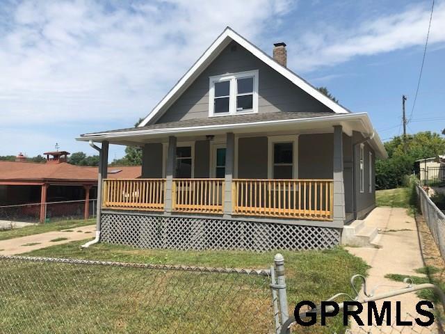 4106 Drexel Street, Omaha, NE 68107 (MLS #21918147) :: Dodge County Realty Group