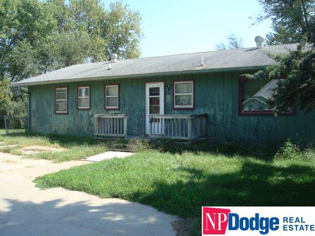 2208 Murray Road, Murray, NE 68409 (MLS #21921763) :: Dodge County Realty Group