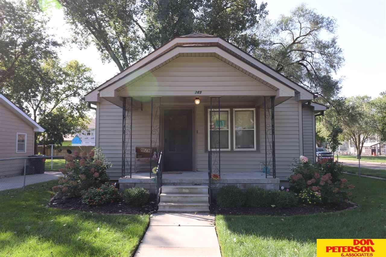 749 Jackson Street - Photo 1