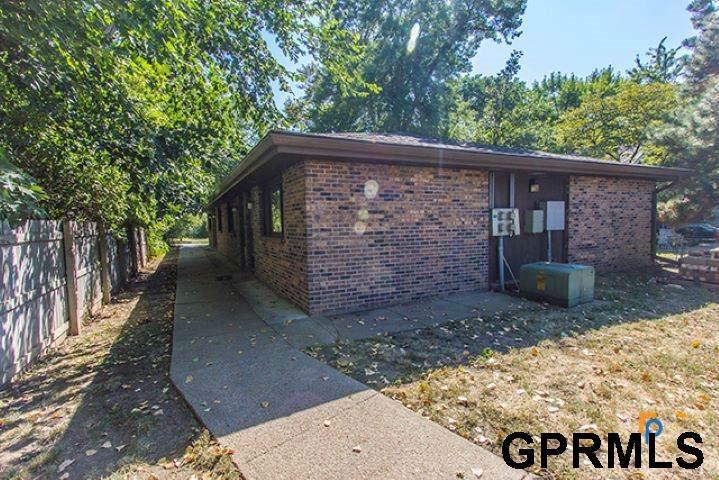 5137 Walker Avenue - Photo 1