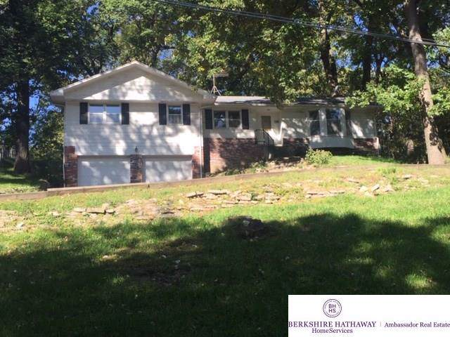 10102 Bennie Day Road, Omaha, NE 68152 (MLS #21923967) :: Omaha's Elite Real Estate Group