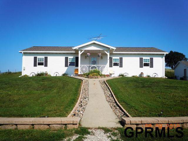 2343 Jay Avenue, Hamlin, IA 50117 (MLS #21924390) :: The Briley Team