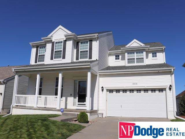 19018 B Street, Omaha, NE 68130 (MLS #21924410) :: Complete Real Estate Group