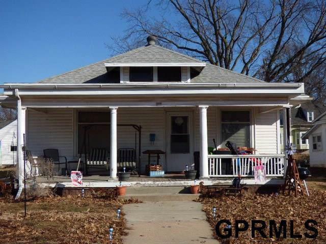 408 N 8th Street, Beatrice, NE 68310 (MLS #21924479) :: Nebraska Home Sales