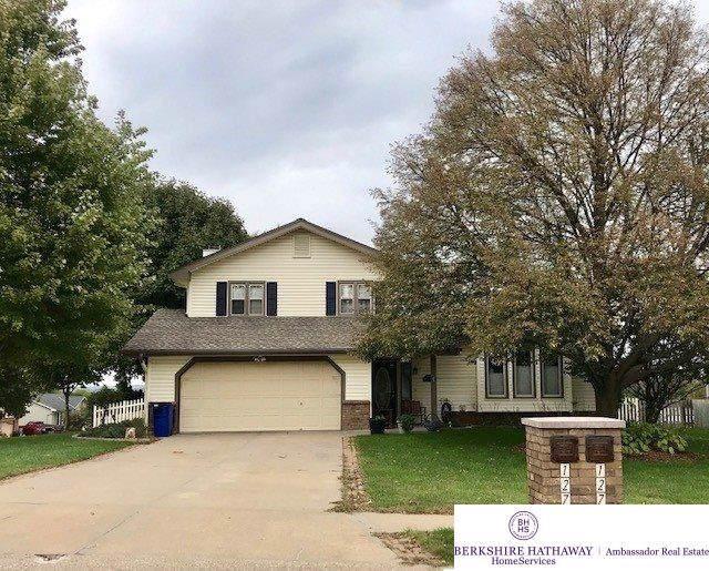 12742 Hartman Avenue, Omaha, NE 68164 (MLS #21925108) :: Omaha Real Estate Group