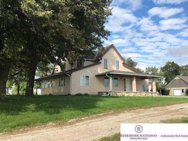 19640 Pawnee Drive, Bennington, NE 68007 (MLS #21925564) :: Lincoln Select Real Estate Group