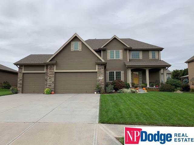12558 S 81 Street, Papillion, NE 68046 (MLS #21925727) :: Lincoln Select Real Estate Group