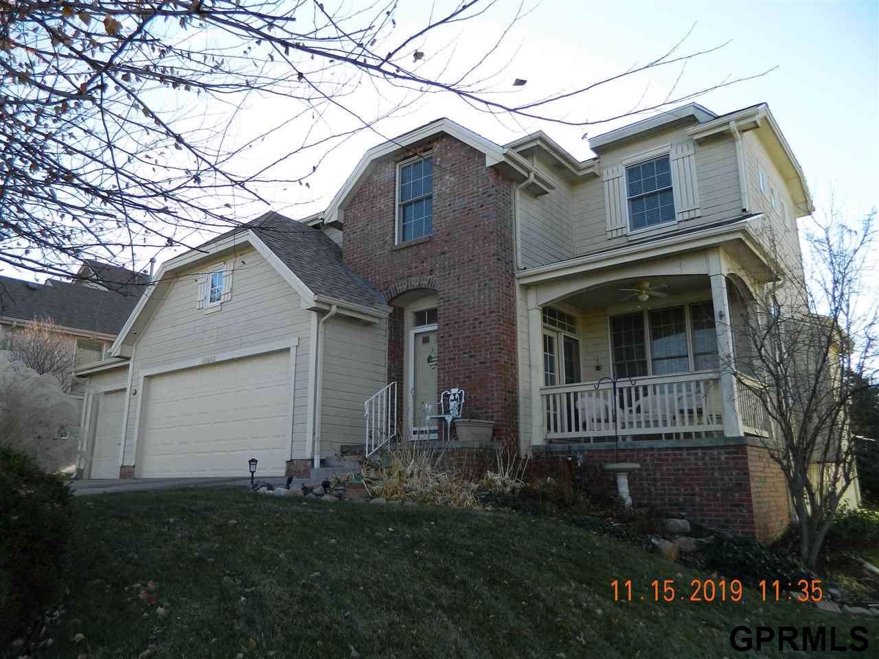 18063 Jones Street, Elkhorn, NE 68022 (MLS #21925731) :: Omaha Real Estate Group