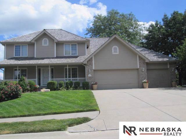 17113 T Street, Omaha, NE 68135 (MLS #21926071) :: Omaha Real Estate Group