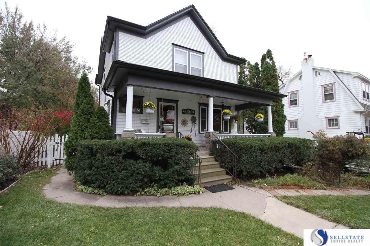1221 Rose Street - Photo 1