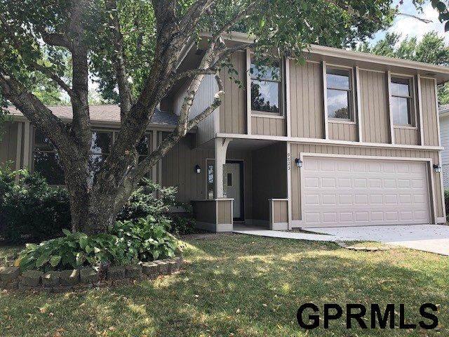 9823 Ames Avenue, Omaha, NE 68134 (MLS #21926474) :: Omaha Real Estate Group