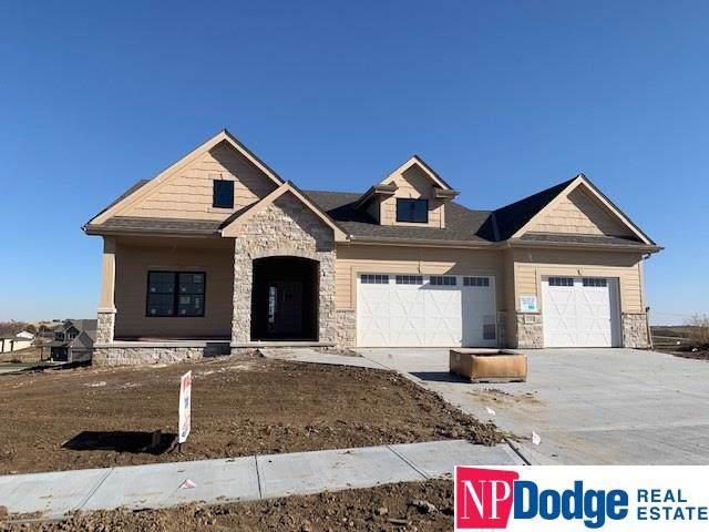 12705 S 77 Street, Papillion, NE 68046 (MLS #21926505) :: Lincoln Select Real Estate Group