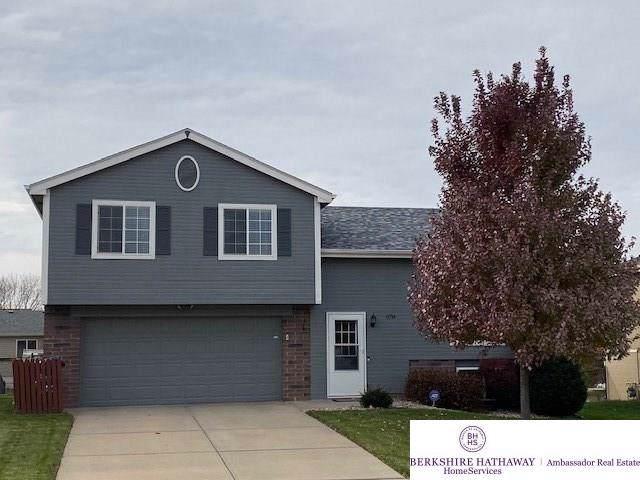 6714 N 110 Avenue, Omaha, NE 68164 (MLS #21926693) :: Omaha Real Estate Group