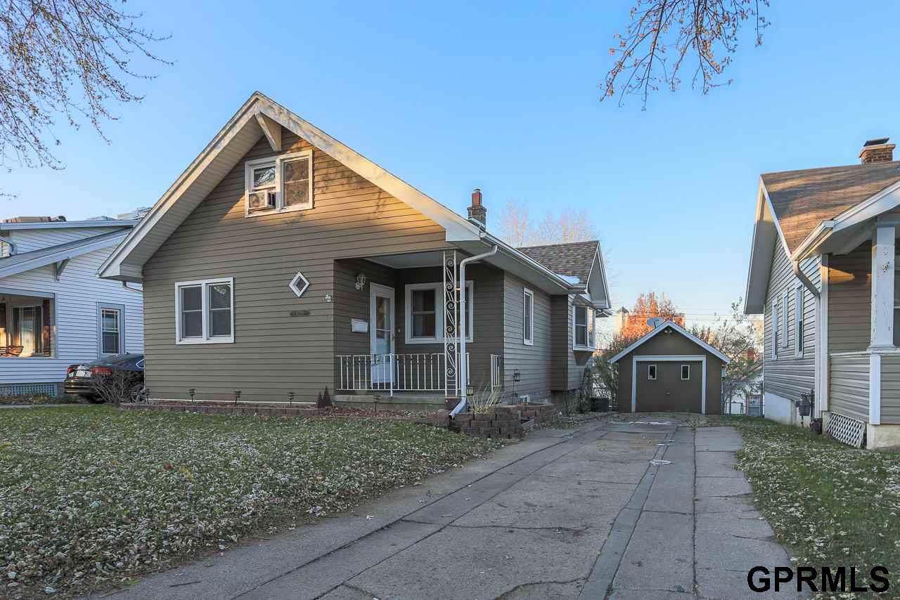 4228 Mason Street - Photo 1