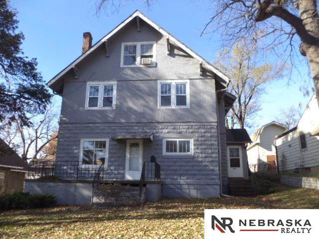 2202 S 60th Street, Omaha, NE 68106 (MLS #21927476) :: Five Doors Network