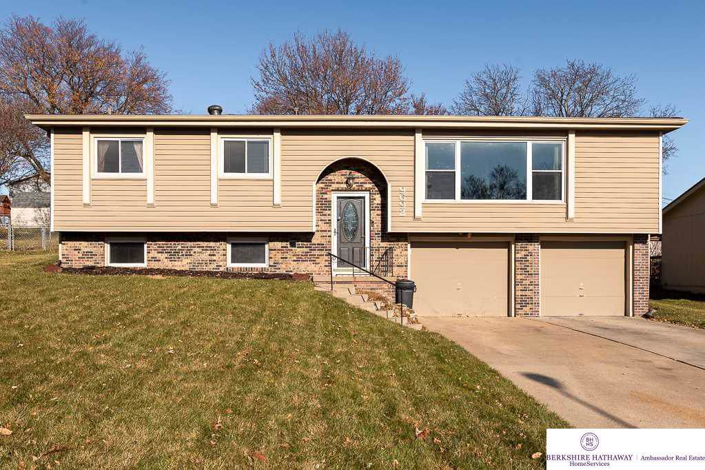9692 Ames Avenue - Photo 1